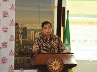 "Menteri Jonan : Lets Do ""Gotong Royong"" Hand to Hand to Save the One Earth"